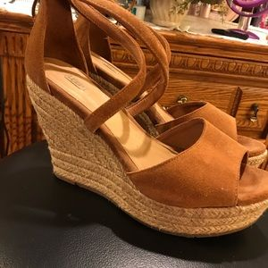 UGG Wedges Worn Twice Great Condition